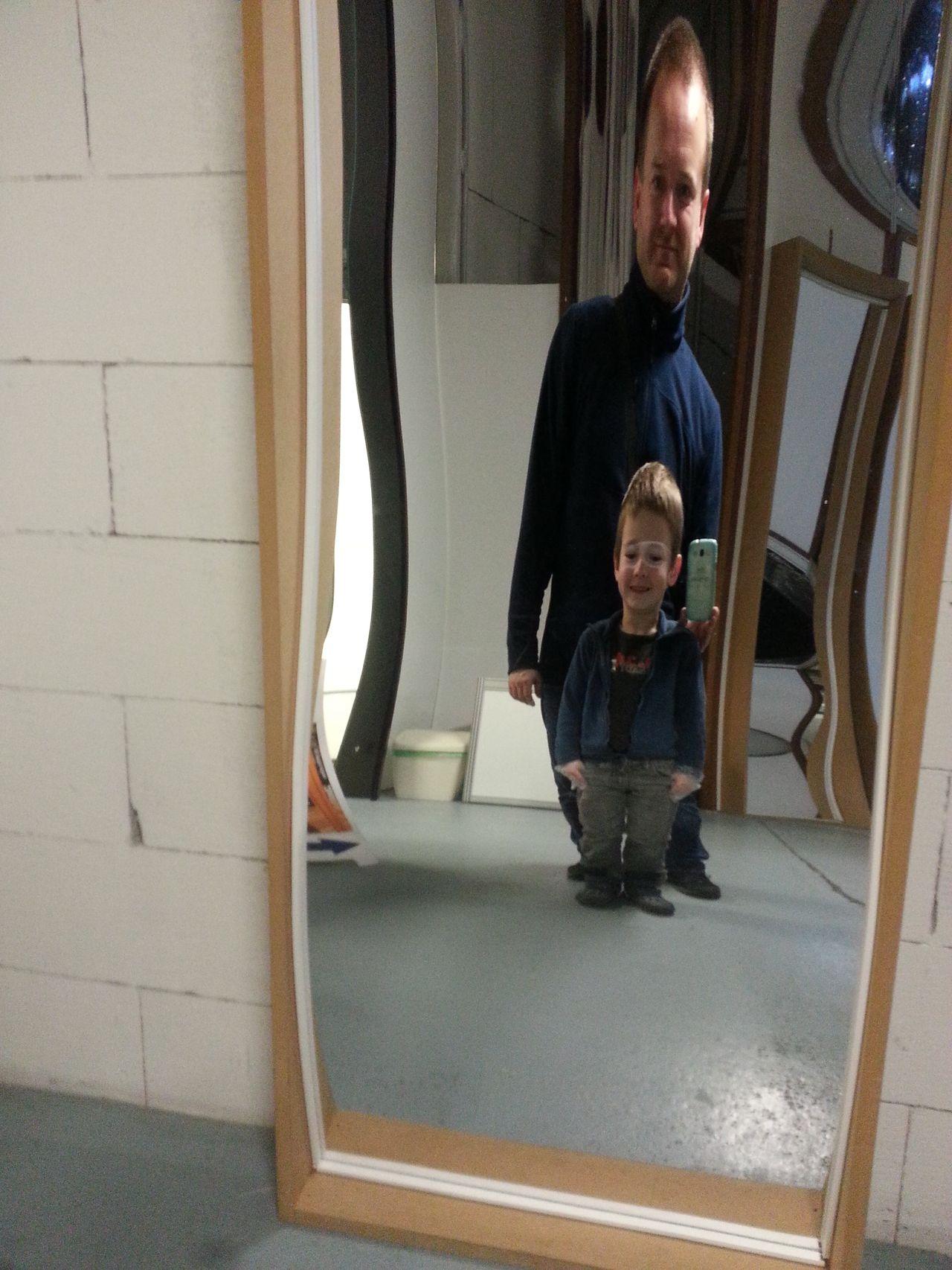 Kluci v zrcadlové síni