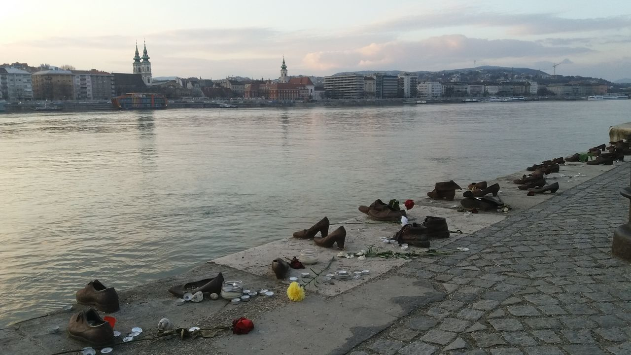 Budapešť - Dunajské boty