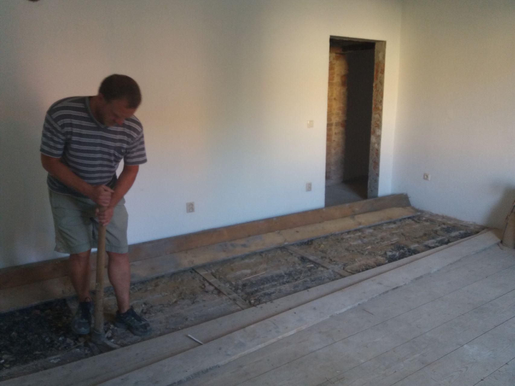Likvidace původní podlahy 2017