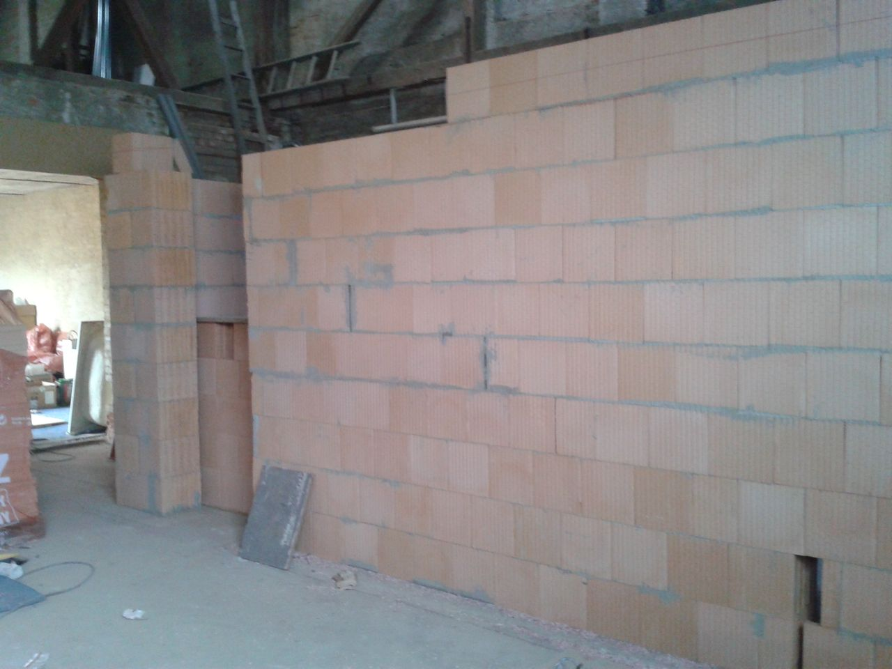 Nové zdivo - garáž