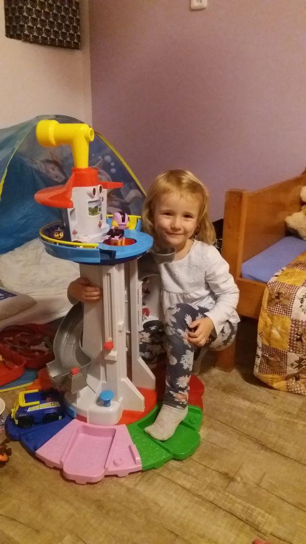 S tlapkovou věží
