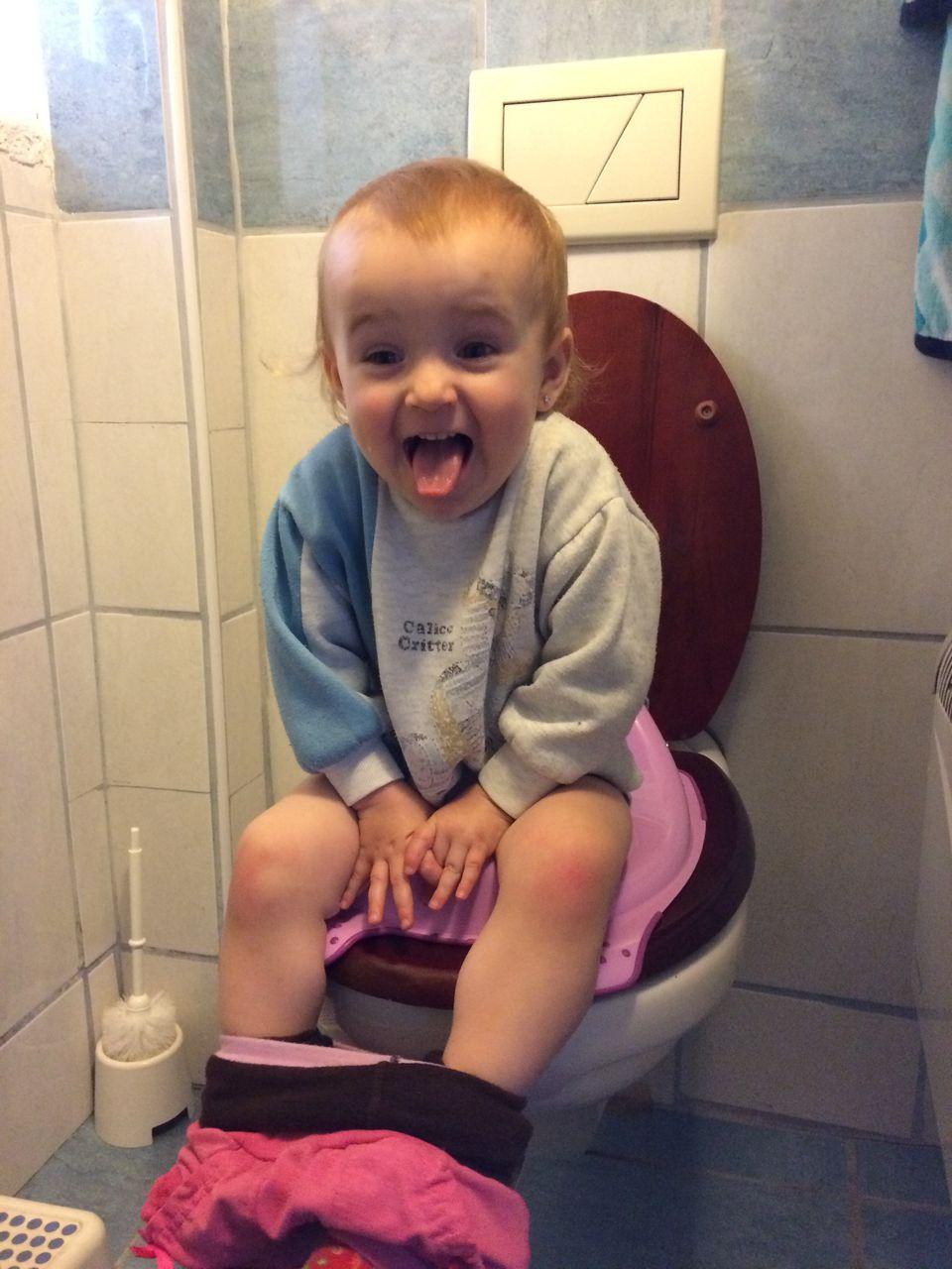 Na toaletě